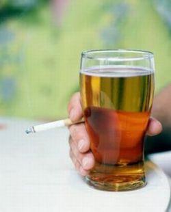 اضرار الكحول والنيكوتين على الرياضيين